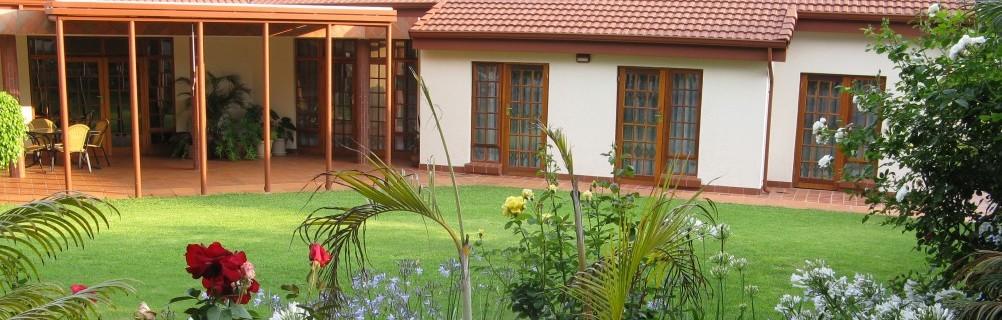 Touraco Guesthouse Garden